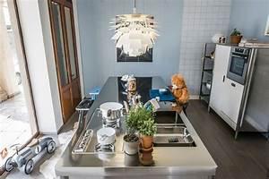 Kuecheninsel Mit Theke : k cheninsel mit gro er theke an der alle platz haben ~ Watch28wear.com Haus und Dekorationen