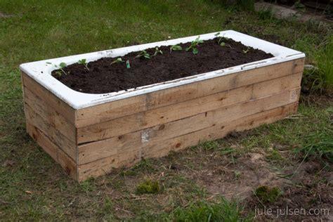 Badewanne Bepflanzen Im Garten by Badewanne Im Garten Bepflanzen Wohn Design
