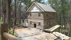 wbircom homeowners team up with barnwood builders to With barnwood builders homes