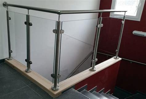 vitre separation cuisine garde corps en verre sur mezzanine