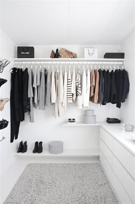stylish murmurs   minimal wardrobe