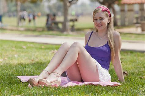 Stacie Jaxx Park Days Zishy