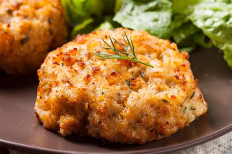 perfect crab cakes  tomatoes