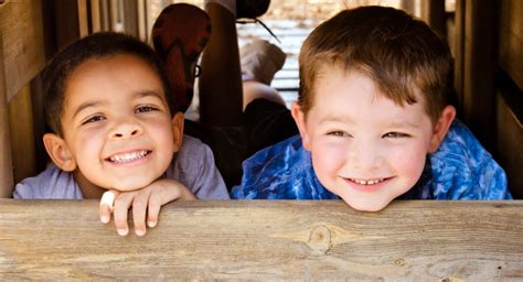 2019 guide to enrolling your child in preschool or daycare 807 | enrolling preschool two new friends