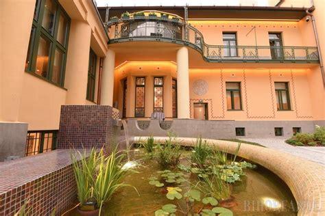 Unic in Romania: Casa Darvas - La Roche din Oradea a fost ...