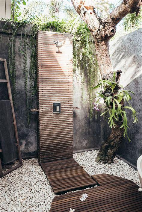 wood outdoor shower   garden homemydesign