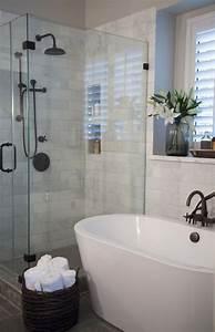 relooker une salle de bain dootdadoocom idees de With salle de bain design avec décoration personnalisée gateau anniversaire