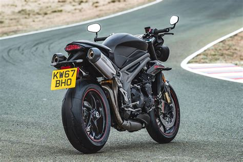 triumph speed rs 2018 2018 triumph speed rs review 16 fast facts