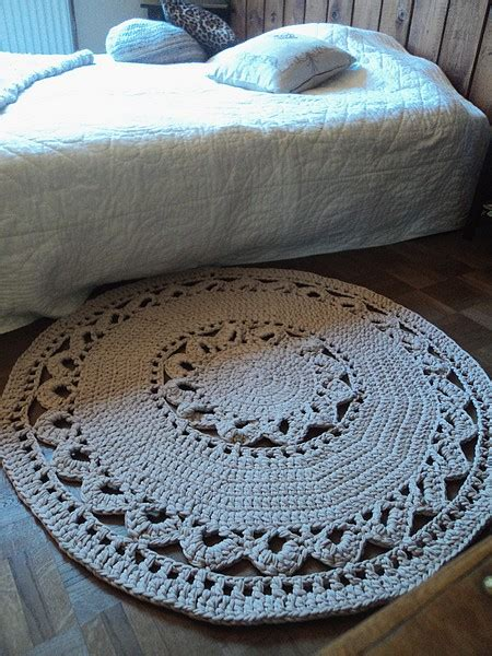 tuto   joli tapis au crochet en tube cotton