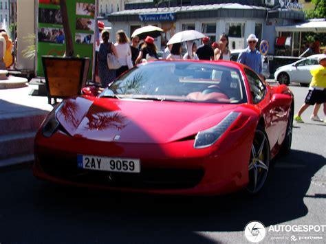 Un cabriolet ferrari, puissant et luxueux la ferrari 458 spider est la version cabriolet du modèle 458 italia, présenté au salon de l'automobile à francfort en 2009 et commercialisé à partir de l'année suivante. Ferrari 458 Spider - 19 februari 2020 - Autogespot
