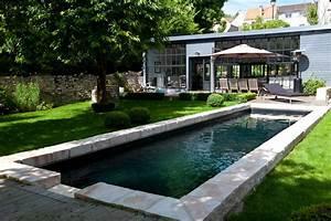 photo maison et pierre deco photo decofr With amenagement autour de la piscine 6 galerie photos tour de piscine jardin mineral bassin