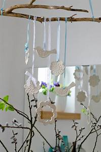 Frühlingsdeko Selber Basteln : fr hlingsdeko aus lufttrocknendem ton basteln ~ Markanthonyermac.com Haus und Dekorationen