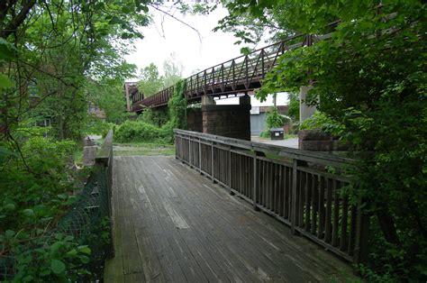 bridgehuntercom collinsville lenticular bridge