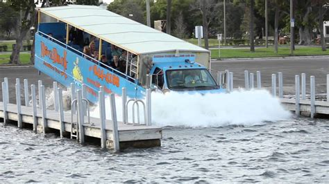 Duck Boat Tours In Chicago by Duck Hibious Tours