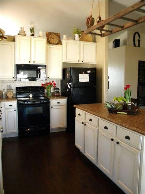 behr kitchen cabinet paint behr paint on cabinets swiss coffee kitchen dining 4407