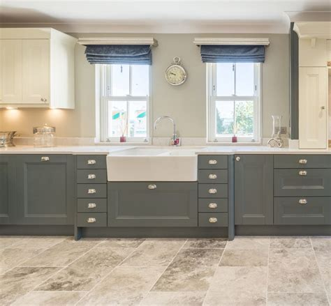 what paint for kitchen cabinets atlantis kitchens project penrith shaker painted ivory 1712
