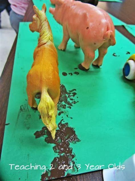 toddler farm theme painting activity farm animals