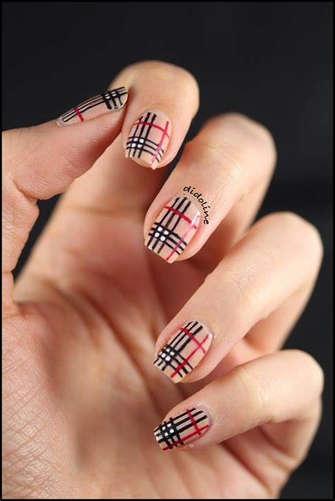 mes ongles facon burberry burberry nails