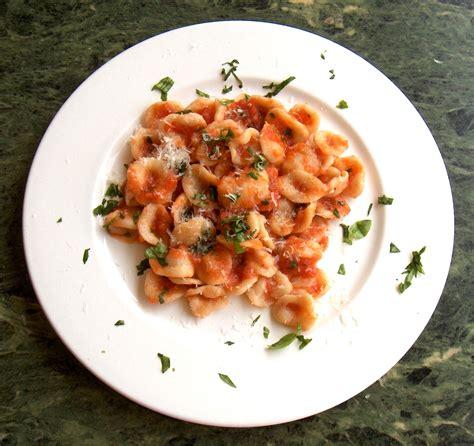 italie cuisine pasta al pomodoro