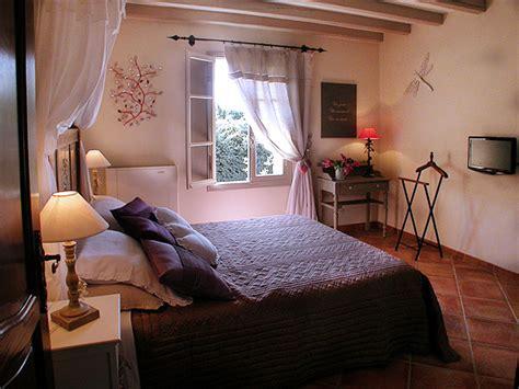 chambres d hotes de charme provence les chambres d 39 hotes du bastide des cardelines en provence