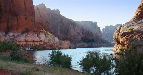 Lake Powell View Rv Boat Storage by Lake Powell Ticaboo Bullfrog Marina Bryce Country