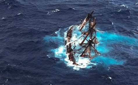 Hms Bounty Sinking Book by Ntsb Releases Sinking Of Ship Bounty Incident Report