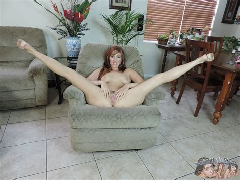 Mature Sexy Milf Lauren Phillips With Pierced Pussy From