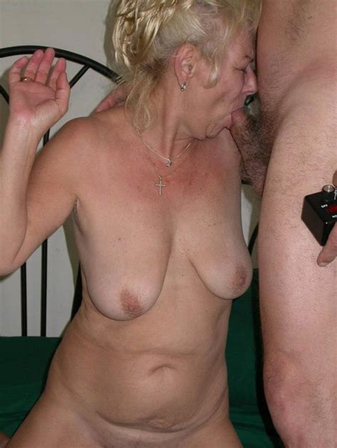 Outdoor Mature Porn Pictures Pichunter