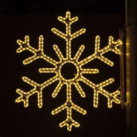 christmas light pole decorations christmas decorating