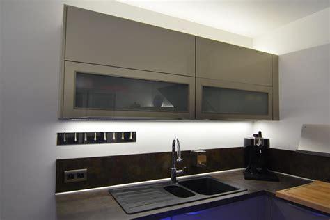 eclairage cuisine suspension eclairage de cuisine clairage dans une cuisine utilisant