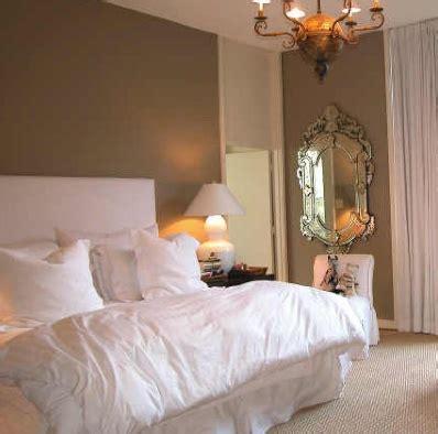white  navy bedding  brown walls bedrooms bedroom