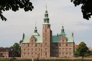 File:Rosenborg Slot.jpg - Wikimedia Commons