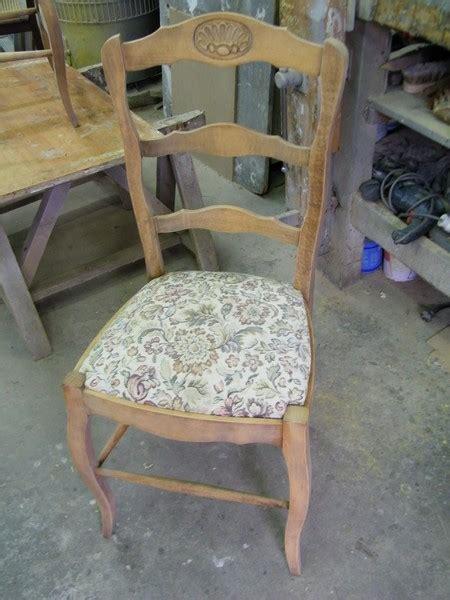 qui peut relooker mes chaises rustiques et ma table de