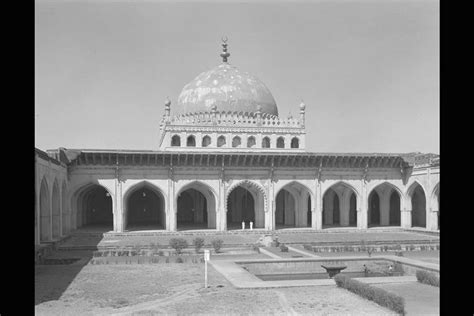 legacy  adilshahi dynastybijapurkashmirsrinagar