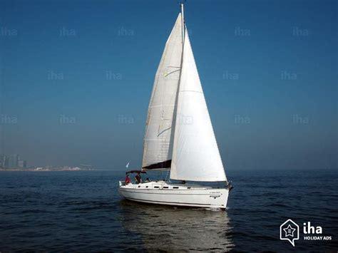 Foto Zeilboot by Boot Te Huur Aan De Aanlegsteiger In Barcelona Iha 13910