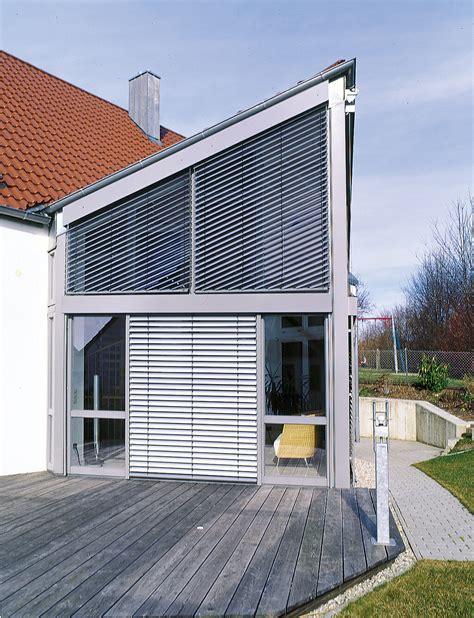 sonnenschutz fuer ihre terrasse komfortable schattenspender