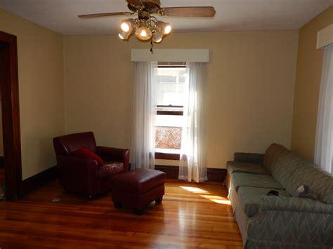 living room  pine house