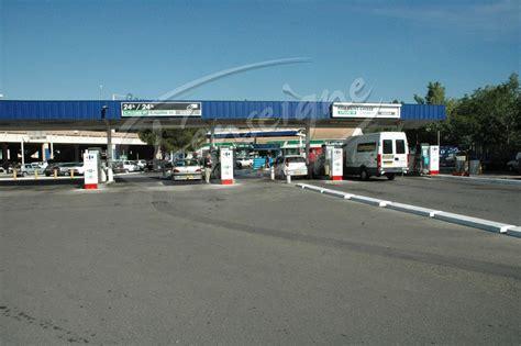 carrefour drive port de bouc pose de caissons lumineux pour une station service de port de bouc enseignes martigues bouches