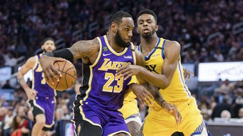Anthony Davis and LeBron James lead Lakers to victory at ...
