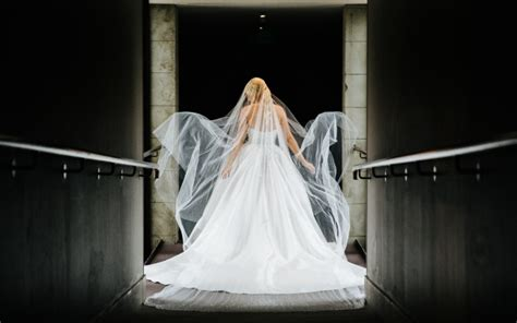 J'aton Custom Made Preloved Wedding Dress On Sale 64% Off