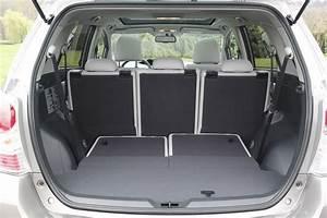 Toyota 7 Places Hybride : comparatif vid o peugeot 5008 vs toyota verso les outsiders ~ Medecine-chirurgie-esthetiques.com Avis de Voitures