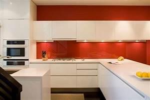cuisine peinture blanche et rouge deco maison moderne With cuisine blanche et rouge
