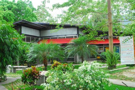plaza comercial bioclimatica techos verdes honduras tips