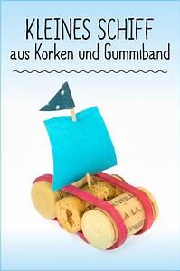 Basteln Mit Kindern Schnell Und Einfach : kleines schiffchen aus korken ganz einfach und schnell zum ~ A.2002-acura-tl-radio.info Haus und Dekorationen