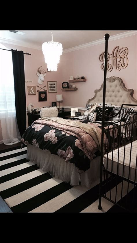 Room Ideas With And Black by Black Bedroom Ideas Inspiration For Master Bedroom