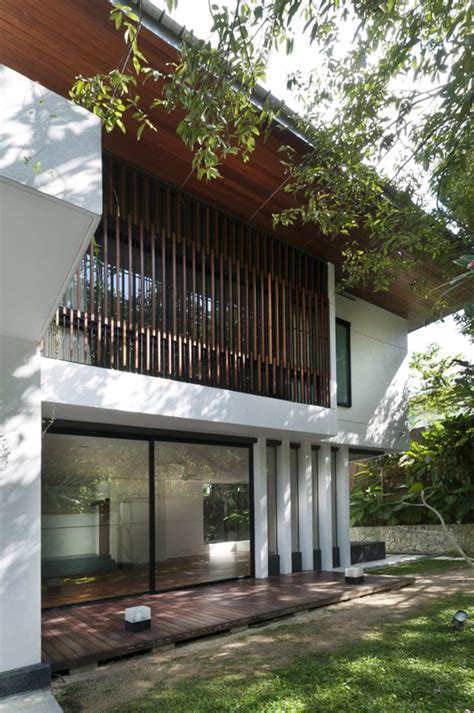 Green Home in Malaysia Built Around Mango Trees: Hijauan