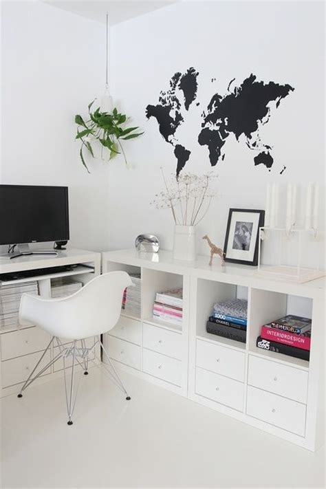 bureau expedit ikea 17 best images about ikea expedit kallax decor ideas on