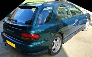 Breaking Subaru Impreza Turbo 2000 Wagon 1997 V4 Green