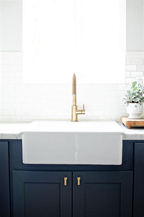 Best 25  Apron front kitchen sink ideas on Pinterest