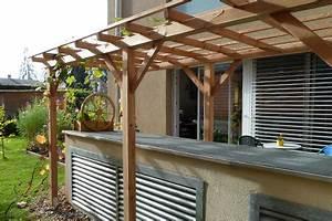 Kletterpflanzen Für Pergola : pergola aus holz dekoration und sichtschutz f r garten und terrasse ~ Markanthonyermac.com Haus und Dekorationen